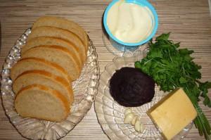 Свекла с чесноком и сыром