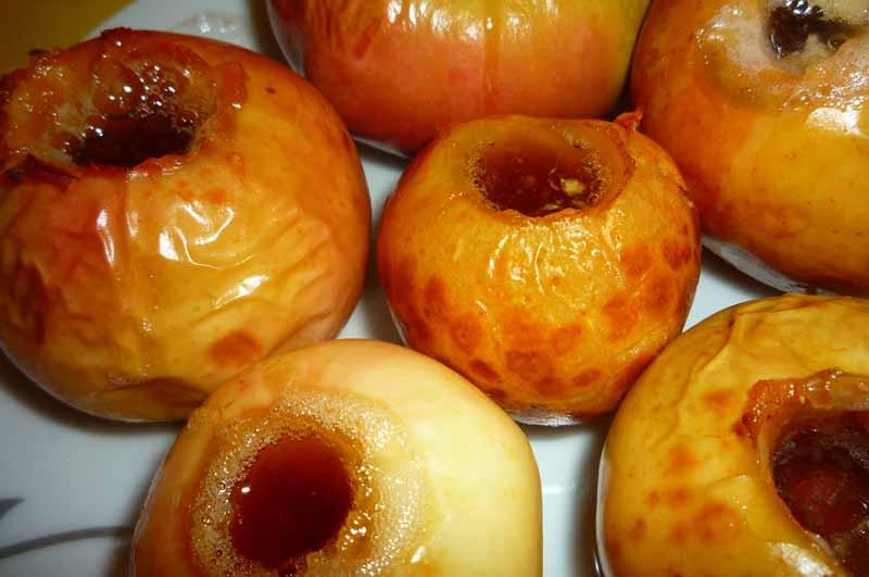 Запеченные яблоки в духовке пошаговый рецепт с фото