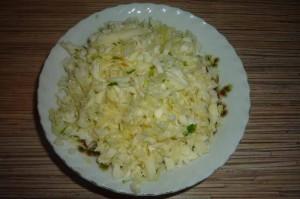 Витаминный салат с капустой