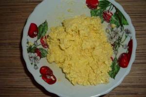 Салат с курицей слоями