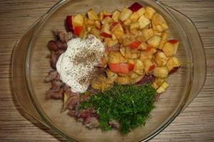 Салат с селедкой и картофелем