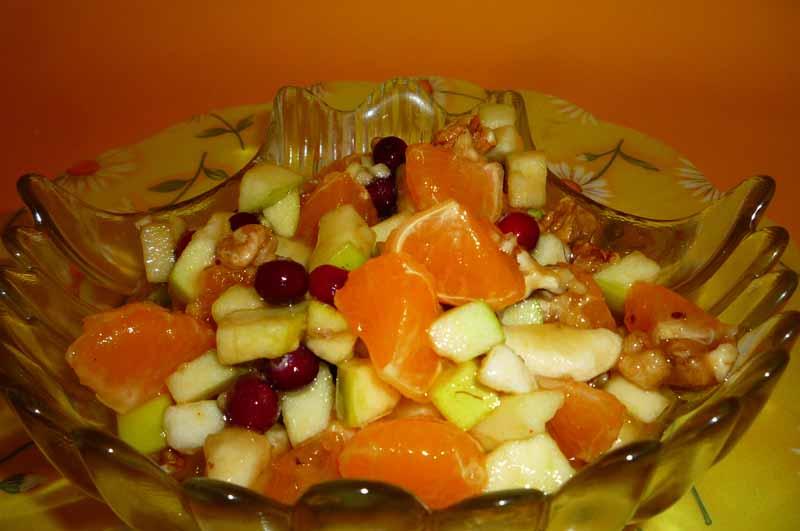 Быстрый десерт из фруктов с медом